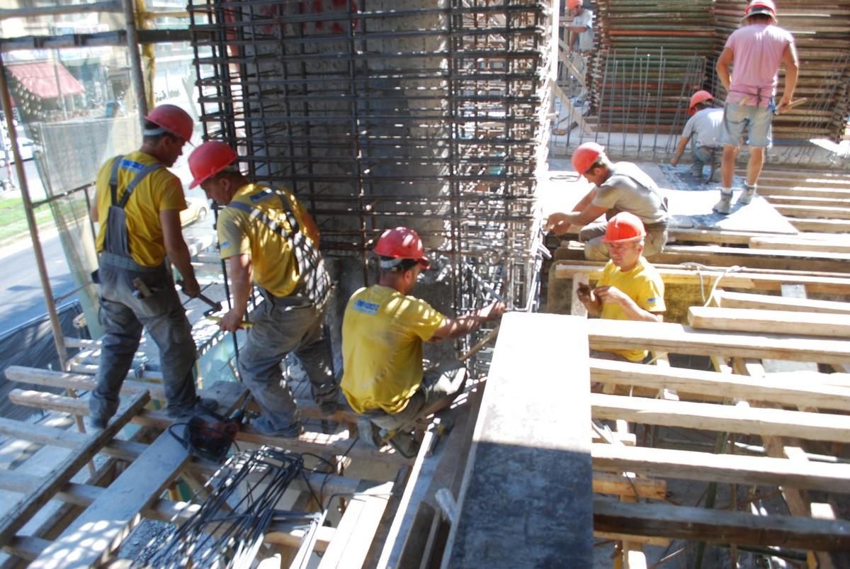 Αιχμή του κατασκευαστικού τομέα της εταιρείας αποτελεί η επισκευή, αποκατάσταση και ενίσχυση κτιρίων.